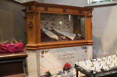 Faut-il sauver nos églises? Une séquence télévisée dans le diocèse de Tournai