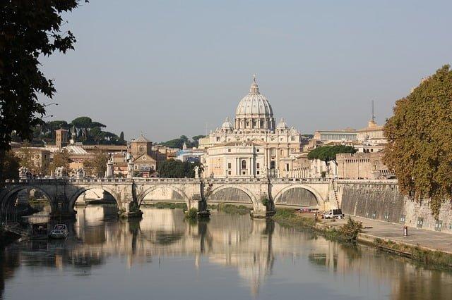 Dio non habita più qui? Conférence internationale sur l'avenir des églises