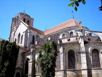Vezelay_Basilique_Arriere
