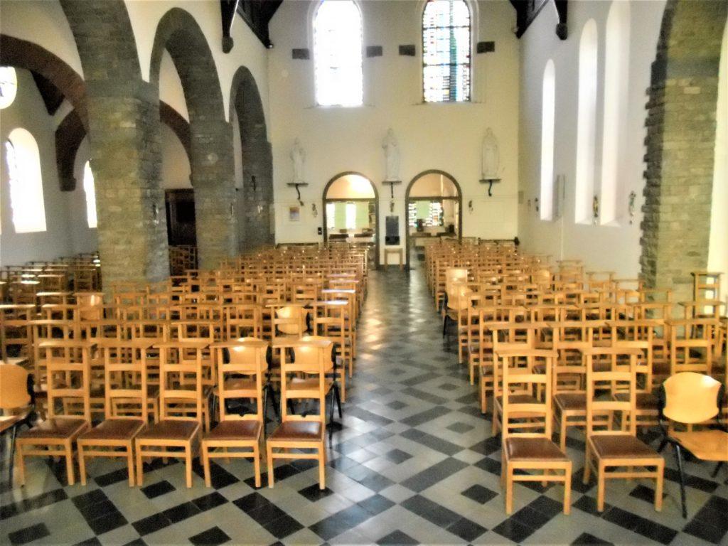Vue intérieure église Mangombroux (© Thirion ; Sarlet, Nicolas)