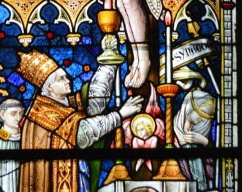 Quelques vitraux en l'honneur du Saint-Sacrement en province de Namur
