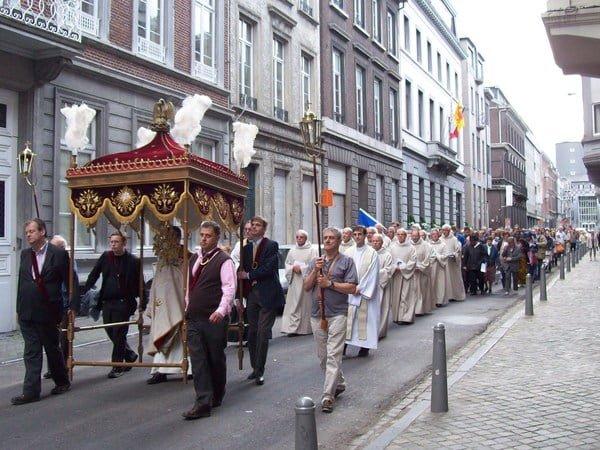Procession Fête Dieu à Liège