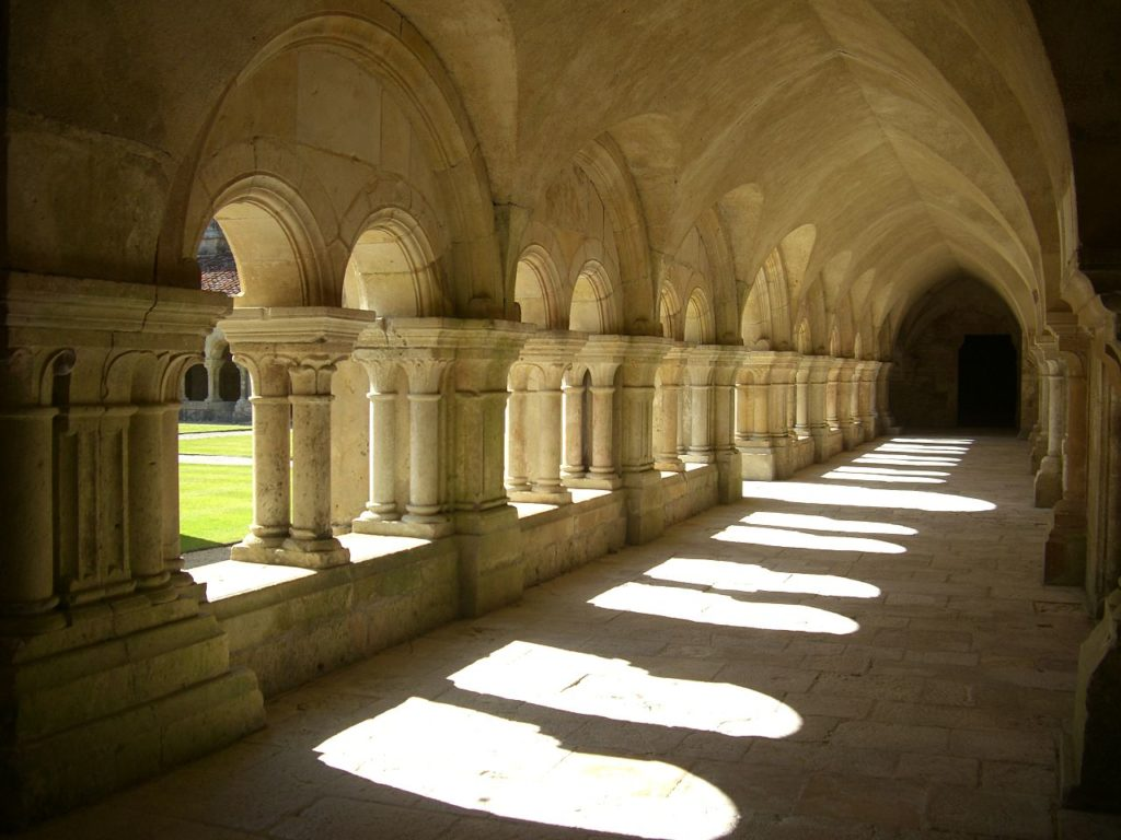 Cloître abbaye Fontenay
