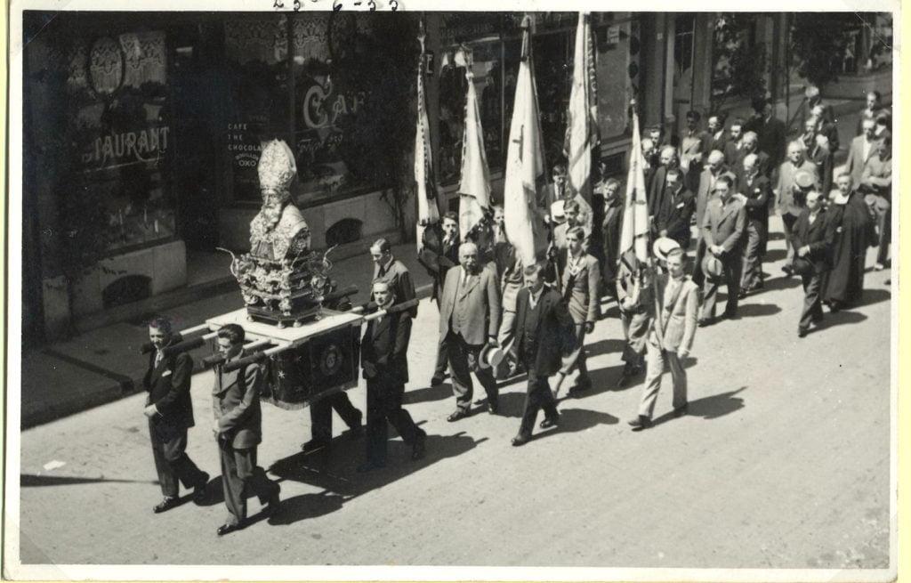 Procession de saint Perpète