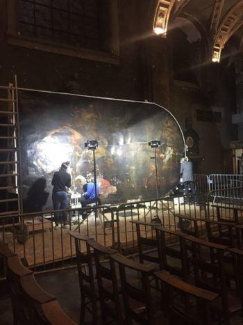 Église Saint-Antoine-et-Sainte-Catherine de Liège : la restauration de la toile baroque a commencé