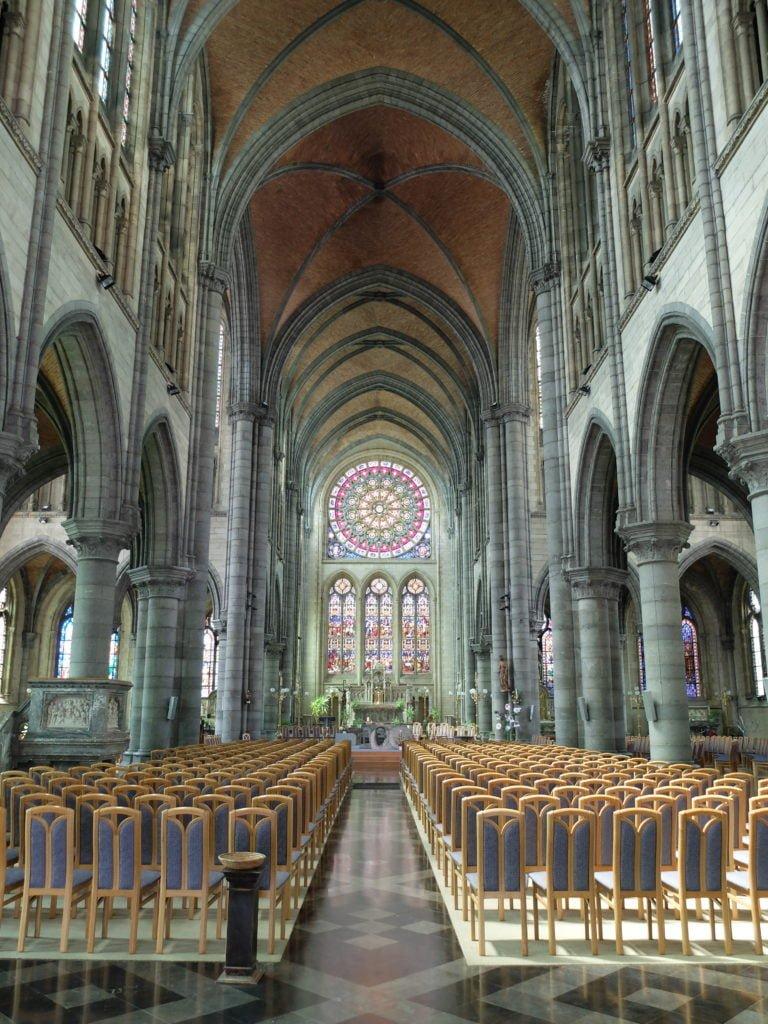 Intérieur église Saint-Martin Arlon