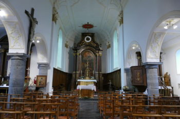 Vue intérieure d'une église