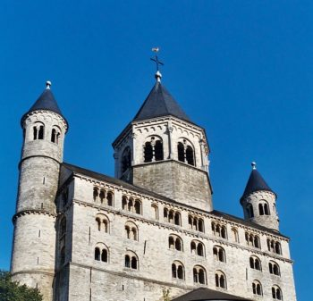 Visite virtuelle de la Collégiale Sainte-Gertrude de Nivelles