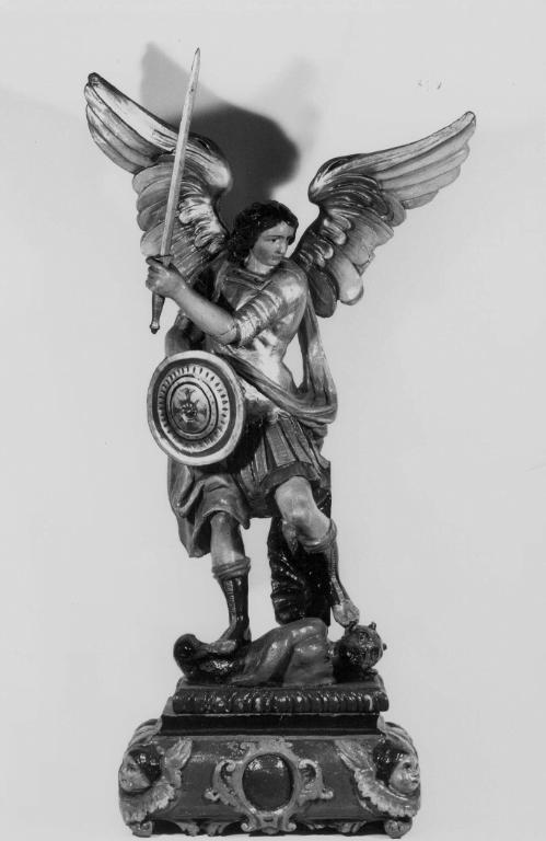 statue_archange_fontenoy